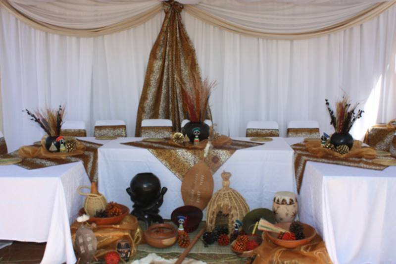 Traditional wedding table decor ideas african wedding themes traditional wedding table decor ideas taking care of your is important to junglespirit Image collections